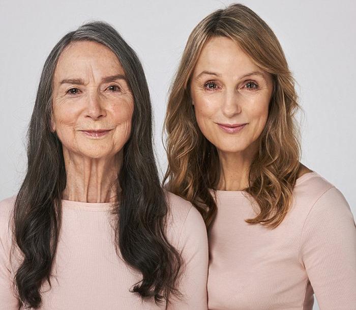 Frances Dunscombe (83 года) и ее дочь Tineka Fox (57 лет).