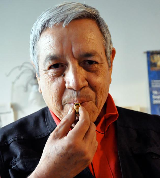 Роберто Веласкес.