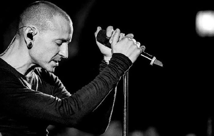 Честер Беннингтон/ Linkin Park.