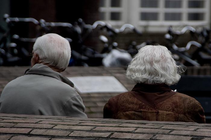 99-летний итальянец решил развестись со своей 96-летней женой.