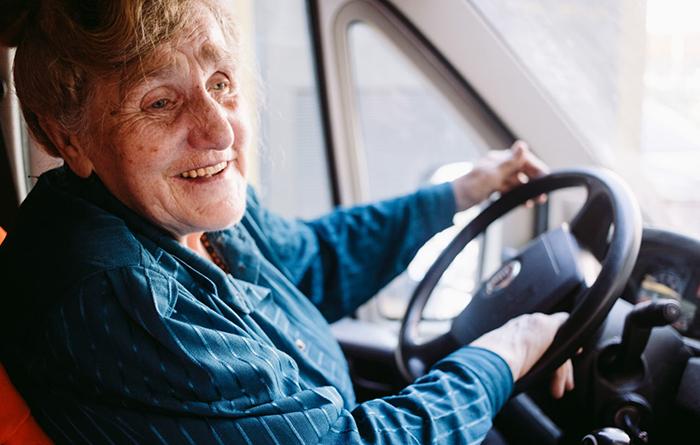 У Галины Ивановны огромный стаж водителя. Фото: Наталья Булкина.