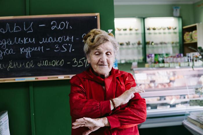 Галина Ивановна сама находит поставщиков для своей затеи. Фото: Наталья Булкина.