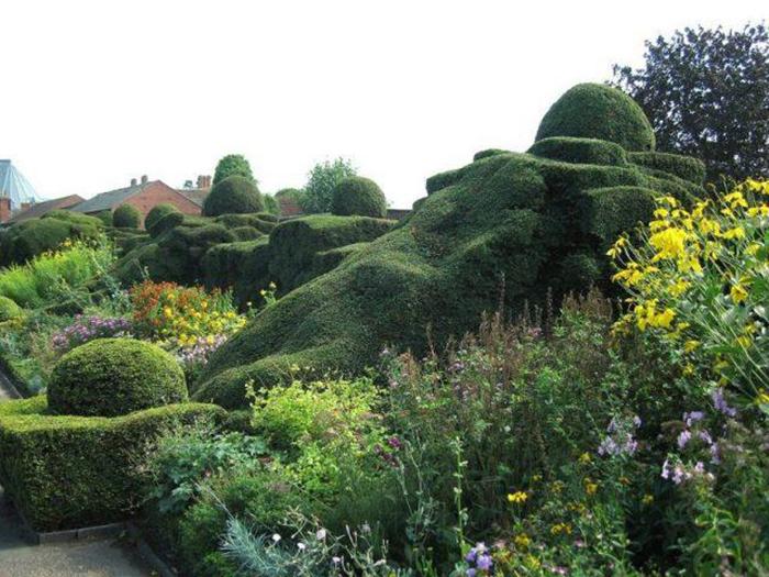 Сад в Нью-Плейс.
