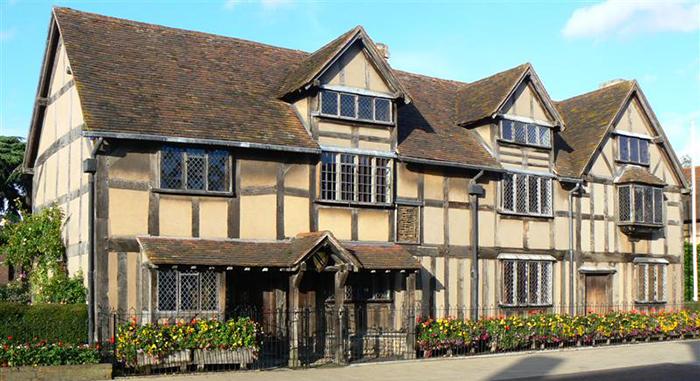Дом, в котором жил Шекспир.