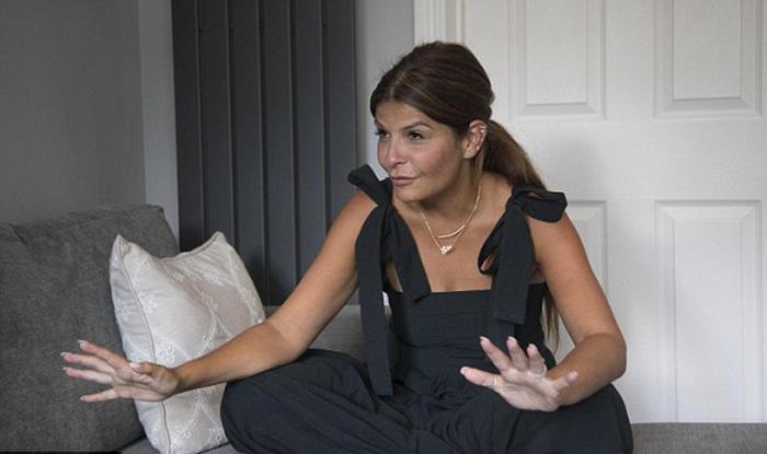 Элли Холман смогла пообщаться с прессой только после того, как власти Дубая отпустили ее домой.