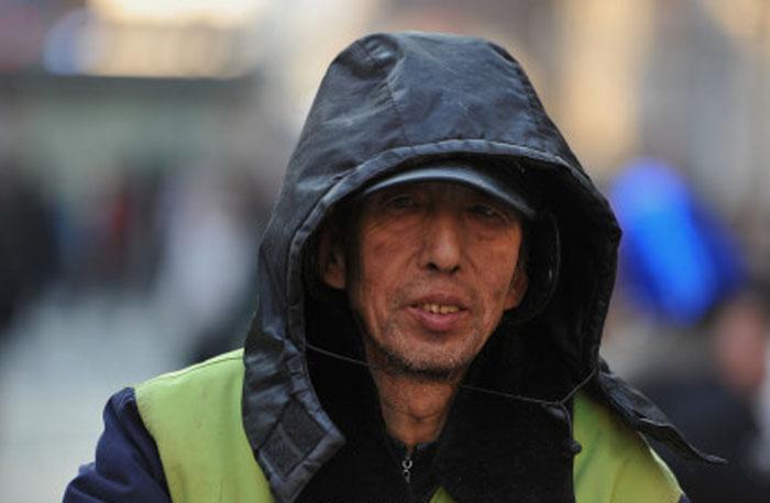 Чжао Йонгжу за 30 лет пожертвовал на обучение детей более 24 тысяч долларов США.