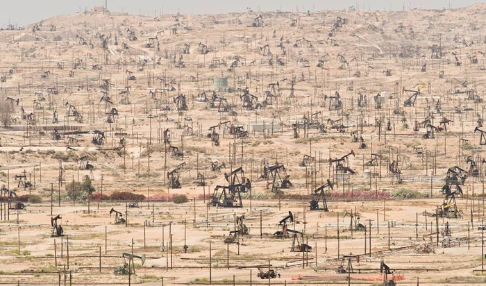 Kern River Oil Field, Калифорния, США.