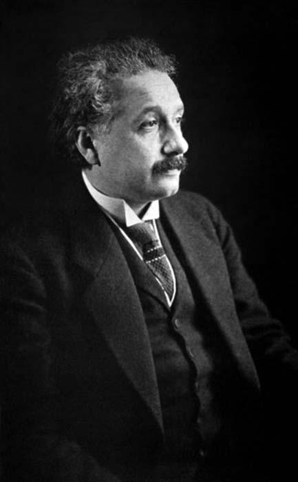 Портрет Эйнштейна, сделанный в Америке.