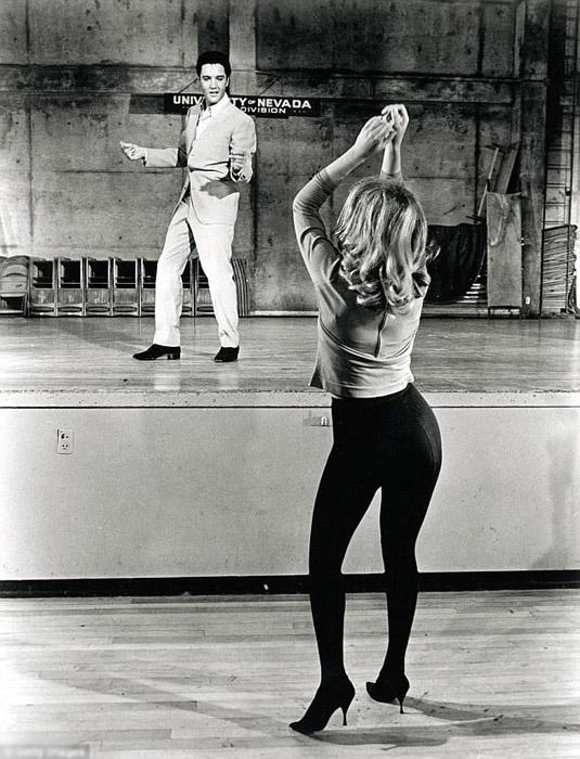 1963 год, Элвис и певица Энн Маргрет.