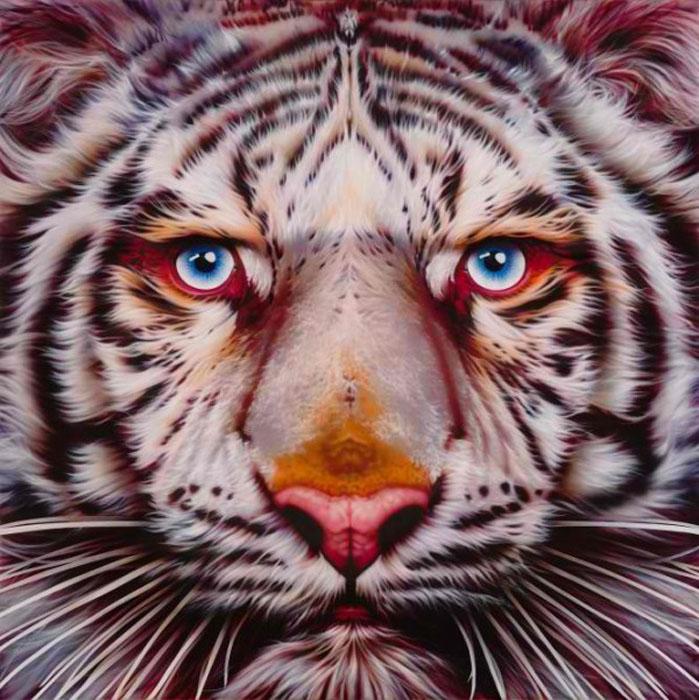 Panthera Tigris - белый тигр в серии портретов животных.