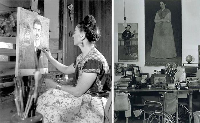 Картины и инвалидное кресло.