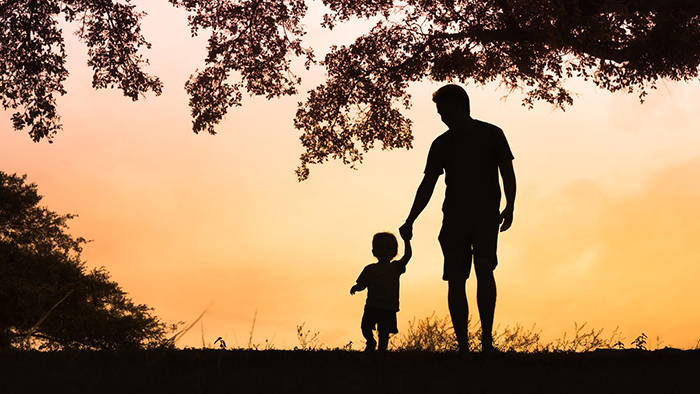 Папа с ребенком.