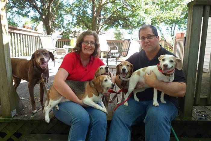 Новая приемная семья, приютившая Кейл Чипса.