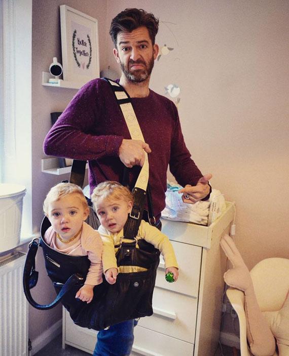 Сумка близнецов. Instagram father_of_daughters.