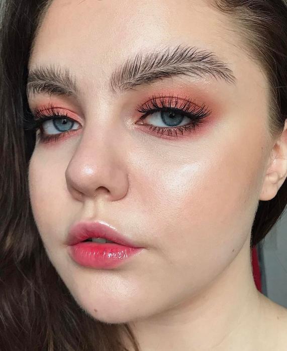 Стелла Сиронен. Instagram stella.s.makeup.