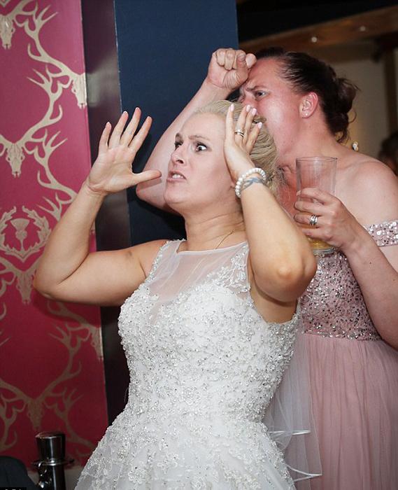 А вот Надин и уговаривать не пришлось - она сама сказала, что ее собственная свадьба не станет помехой просмотру футбола.