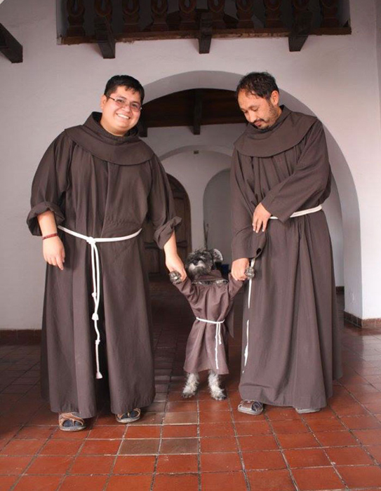 Три монаха.
