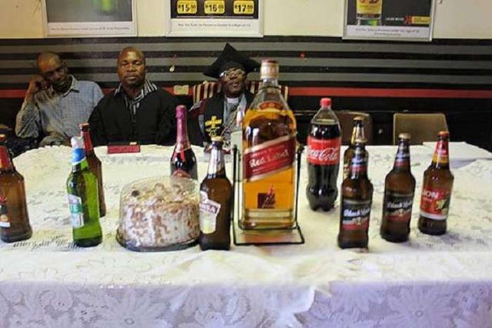 Каждый прихожанин может пить именно тот напиток, который нравится ему больше всего.