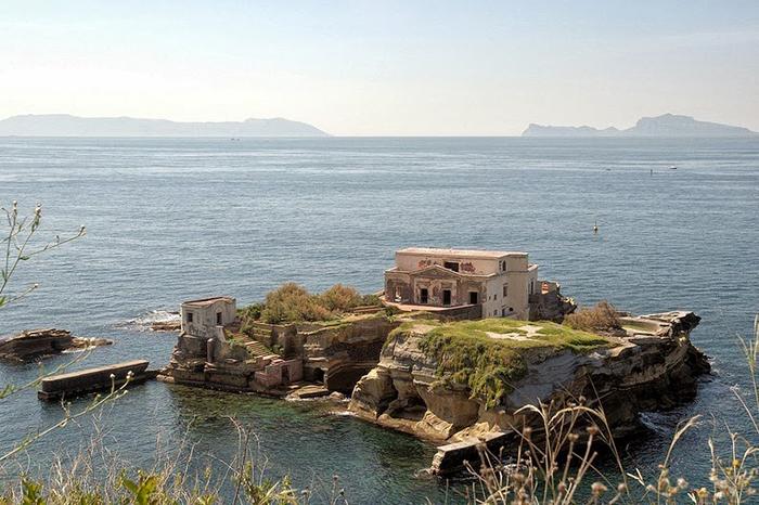 Острова Гайола.