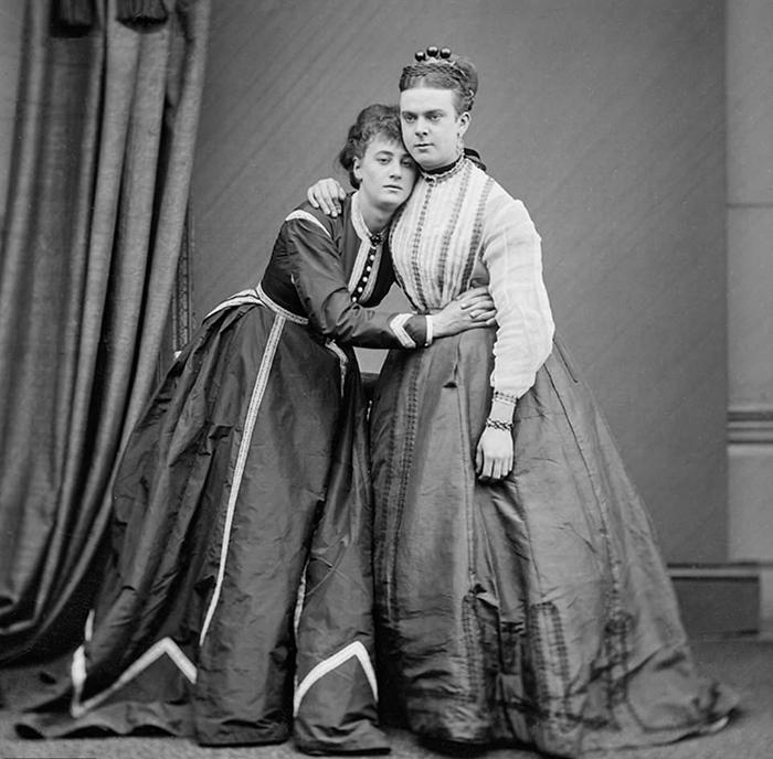 Актеры Фредерик Парк и Эрнест Боултон.