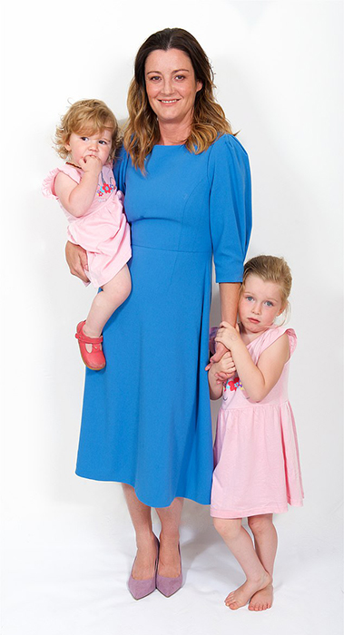 Биба со своими дочками.