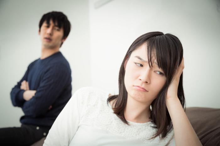 Обычно сценарий по разлучению влюбленных занимает около месяца.