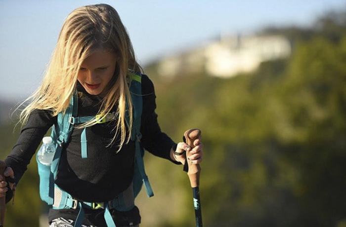 У себя на родине Монтана регулярно ездила с мамой в походы по горам.