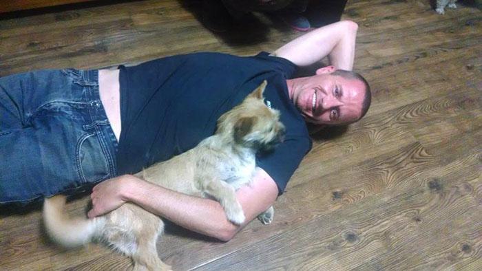 В прошлую среду Дион наконец-то получил долгожданный звонок, что его собака нашлась.
