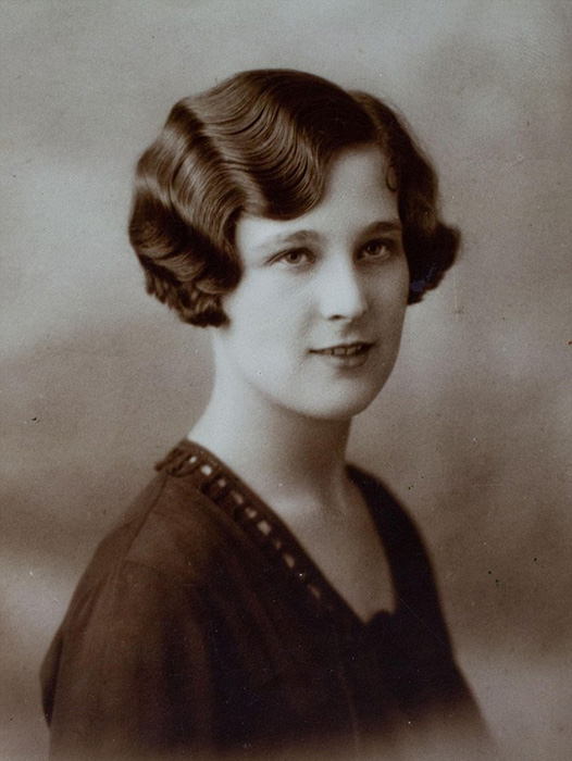 Грейс Джонс в 1930-х годах.