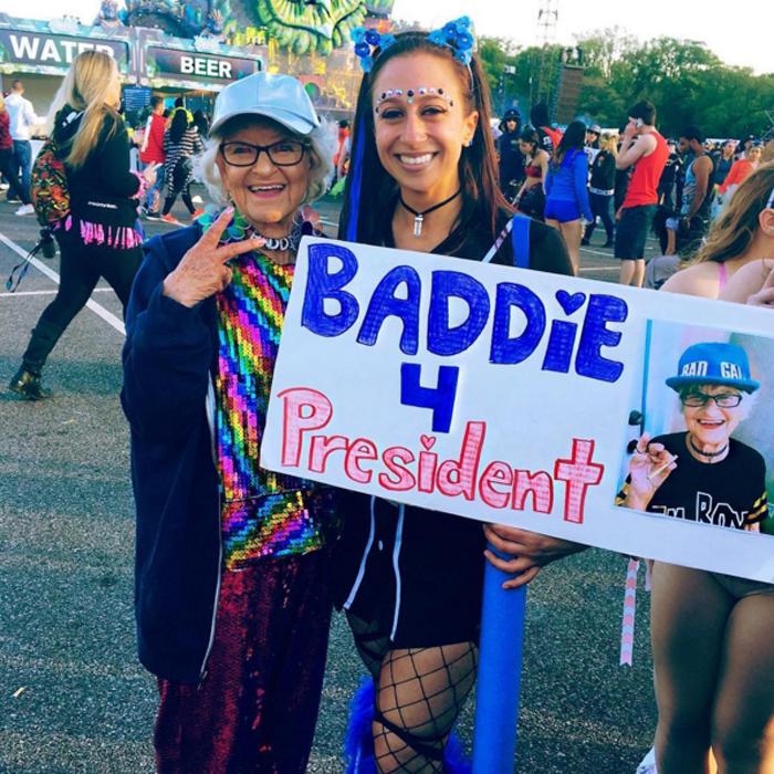 Бадди в президенты! Instagram baddiewinkle.