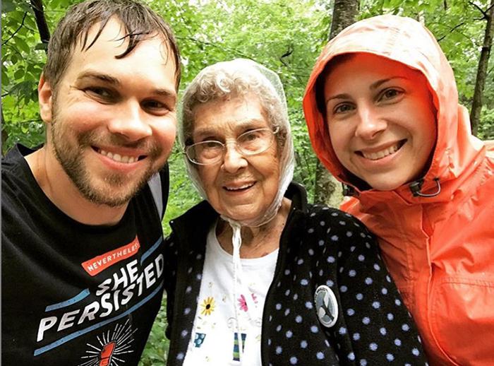 Вместе с внуком бабушка Джой посетила уже 29 национальных парков Америки.