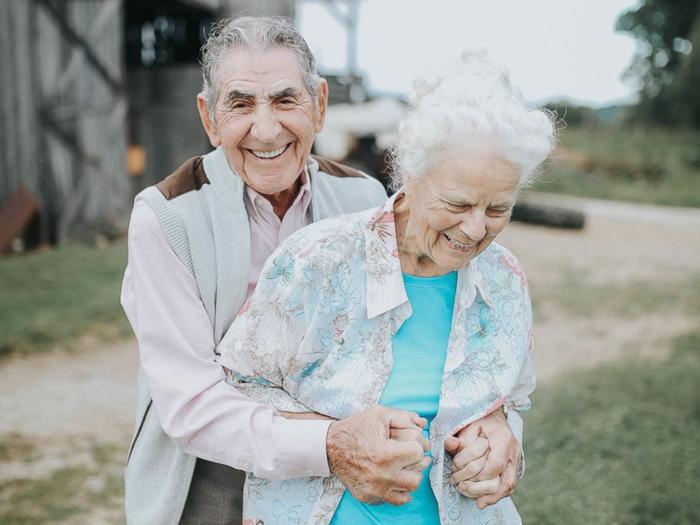 Спустя столько лет их чувства по-прежнему сильны. Фото: Paige Franklin.