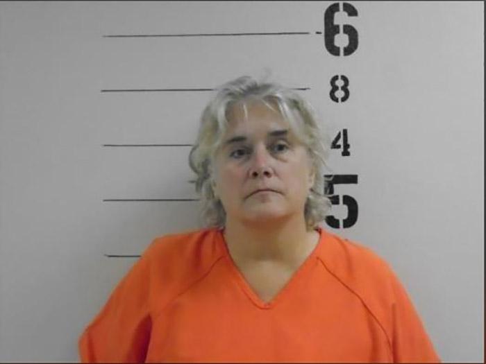 Кристина Фей, хозяйка собачьей фермы, была арестована.