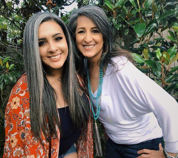 Мама и дочь. Instagram grombre.