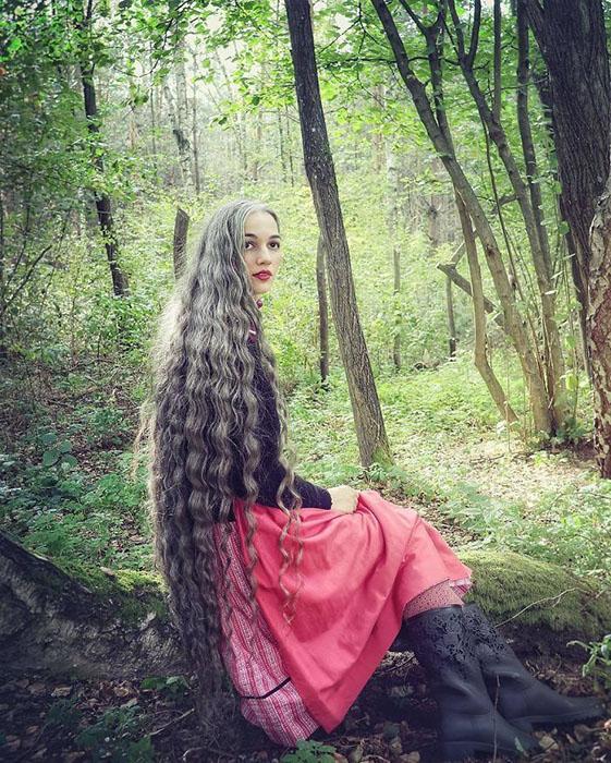 «Мои волосы начали седеть с13лет ияникогда ихнекрасила».
