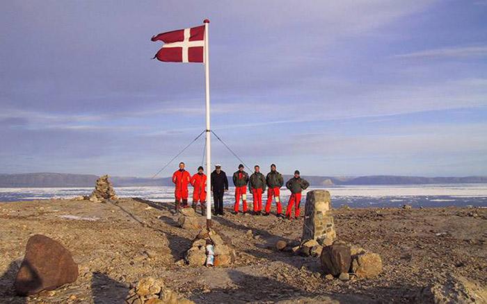 Датская команда на острове Ганса.