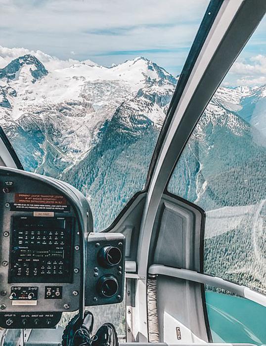 Полеты над Канадой.
