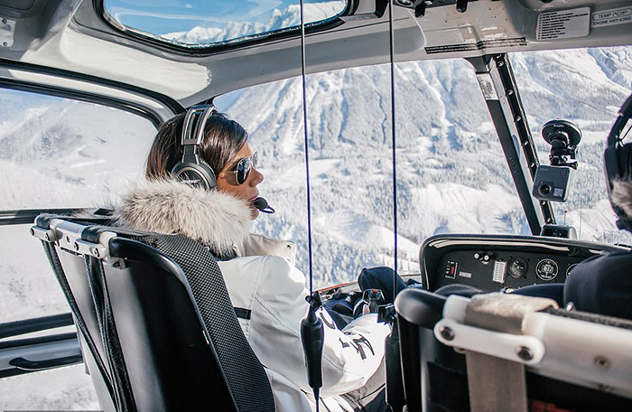 Любимый вид из вертолета для Луаны - гора Уистлер в Канаде.