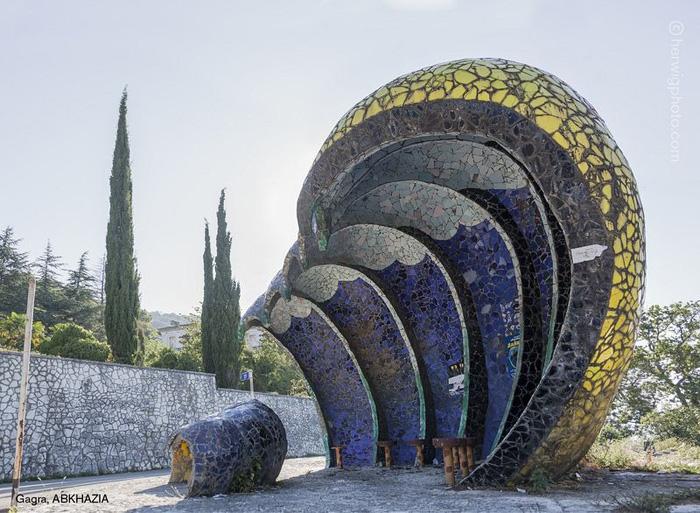 Гагра, Абхазия. Автор фото: Christopher Herwig.