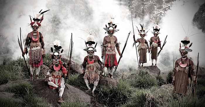 Деревня Понови племени Ликекайапиа, Папуа Новая Гвинея.
