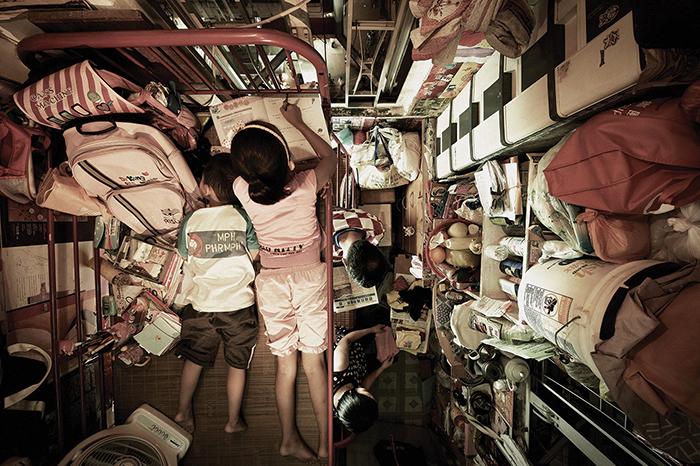 Жилищная проблема в Гонконге.  Фото: Benny Lam.