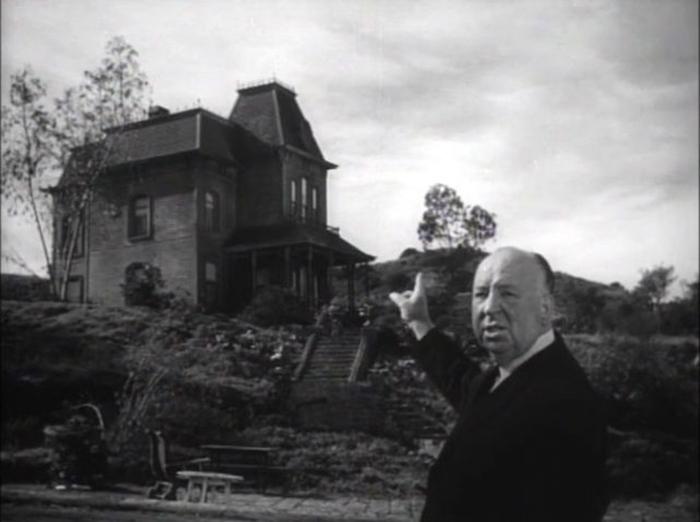 Альфред Хичкок на съемках фильма *Психо*.