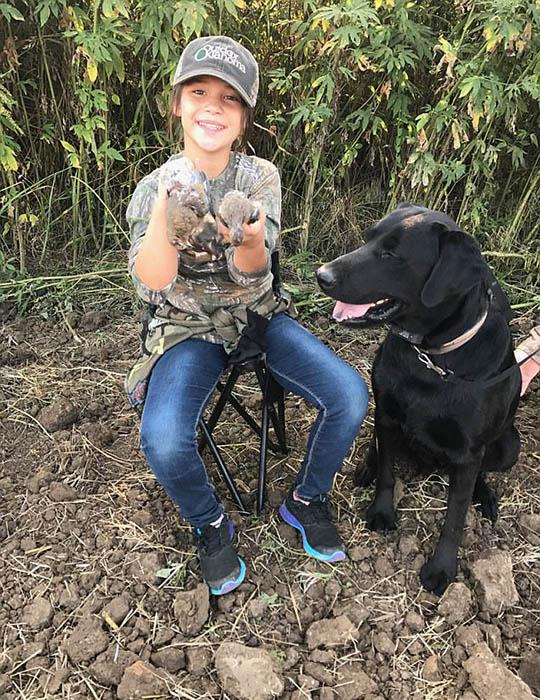 Женщины уверены, что охота приучает детей к уважению к животному миру.