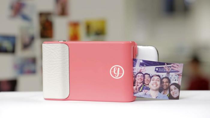 Устройство, позволяющее печатать моментальные снимки прямо с телефона.