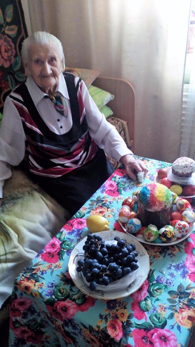 Сейчас бабушка Надя живет в доме-интернате для престарелых в Братске.