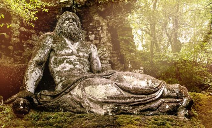 Статуя Нептуна.
