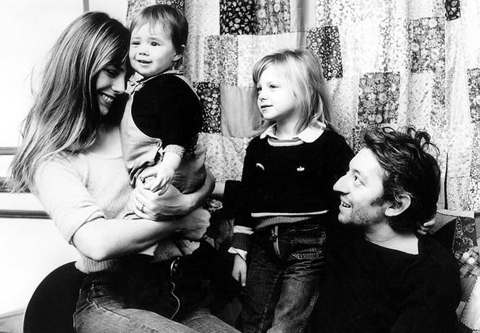 Серж и Джейн с двумя ее детьми (старшая дочь от ее предыдущего брака).