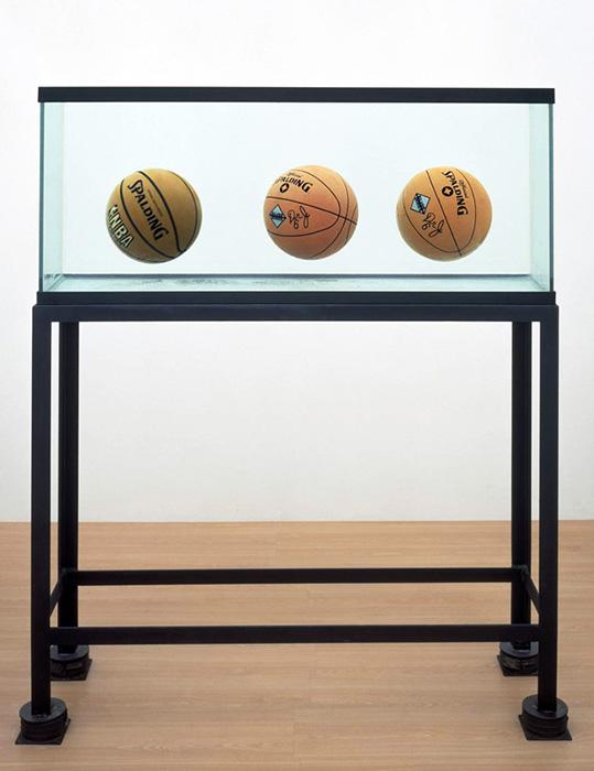 Три мяча 50/50 Бак. 1985 год. Джефф Кунс.