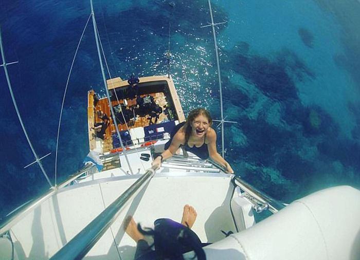 Фотография из Австралии. Дженнифер отдыхает с друзьями.