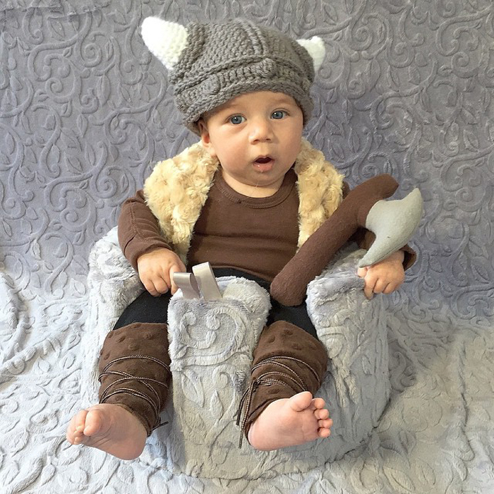 Бесстрашный викинг Ноа готов завоевать понедельник!